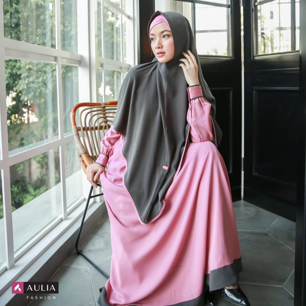 Gamis Wollycrepe Polos